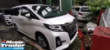 2016 TOYOTA ALPHARD 2.5 SA / TYPE BLACK EDITION / ALPHINE TV AND MONITOR / 5 YEARS WARRANTY UNLIMITED KM