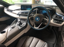 2016 BMW I8 I8 1.5 e-Drive L3 Turbocharged + Hybrid Synchronous Motor 360 Surround Camera Head Up Display Harman Kardon Premium Sound Adaptive Intelligent LED Multi Function Paddle Shift Steering Drive Selection Pre Collision Safety Unreg