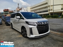 2018 TOYOTA ALPHARD NEW FACELIFT 2.5 SC FULL SPEC. GENUINE MILEAGE. HIGHEST GRADE CAR. 3 YEARS WARRANTY. VELLFIRE