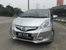 2013 HONDA JAZZ 1.3 Hybrid CBU PREMIUM HIGH SPEC MODEL WITH PADDLE SHIFT GEAR