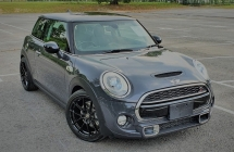 2015 MINI 3 DOOR 2015 MINI COOPER S 2.0A TWIN TURBO NEW FACELIFT JAPAN SPEC SELLING PRICE ( RM 135,000.00 NEGO )