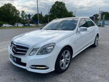 2012 MERCEDES-BENZ E-CLASS E250 CGI AVANTGARDE MOONROOF POWERBOOT LOCAL CAR TIPTOP