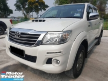 2015 TOYOTA HILUX DOUBLE CAB 2.5G (AT),LOW MILEAGE,1 CAREFUL OWNER,CHEAPEST IN TOWN,VIEW TO SATISFY,
