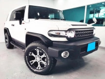 2011 TOYOTA FJ CRUISER 4.0 FACELIFT A TRAC TOUCH SCREEN