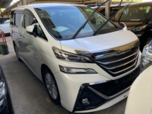2016 TOYOTA VELLFIRE 2.5 Z 7 seaters 2 power doors surround camera power boot push start keyless unregistered