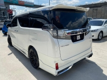 2015 TOYOTA VELLFIRE 3.5V L EDITION FULL SPEC WITHOUT SUNROOF- NEW RECON CAR- VIP SPEC- NICE BODY SHAPE- GOOD SOUND