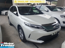 2017 TOYOTA HARRIER 2.0 Power Boot Panaromic Roof Pre Crash Local AP Unreg
