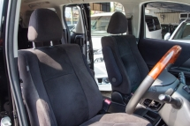 2009 TOYOTA VELLFIRE 2.4Z PLATINUM SELECTION NICE ALL BLACK BODY PAINT AND INTERIOR- TIP TOP CONDITION- ONE VIP PREVIOUS OWNER