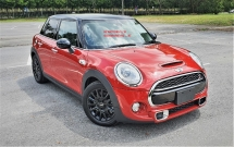 2014 MINI 5 DOOR 2014 MINI COOPER S 2.0A TWIN TURBO FACELIFT JAPAN SPEC CAR SELLING PRICE ONLY ( RM 129,000.00 NEGO )