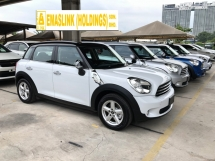 2014 MINI Countryman Cooper Crossover 1.6 Tiptronic 6-Speed Auto Transmission Bi Xenon Lights Push Start Button Climate Control Retro Design Cockpit Pilot Hand Brake 1 Year Warranty Unreg