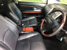2004 TOYOTA HARRIER 240G PREMIUM L (A) P/SEAT S/ROOF SALE