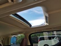 2019 TOYOTA ALPHARD 2.5 X GOLD COLOUR SUNROOF/8 SEATS/2 POWER DOOR