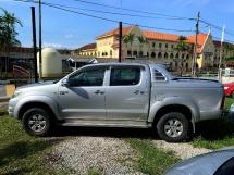 2009 TOYOTA HILUX 2.5 G Pickup Truck(MANUAL)FREE MOTORSIKAL BARU+CASHBACK 1K+BELI PANDU DULU 6 BULAN PERTAMA TAK PAYAH
