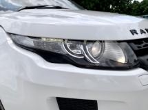 2015 LAND ROVER EVOQUE SI4 PANORAMIC ROOF POWERBOOT
