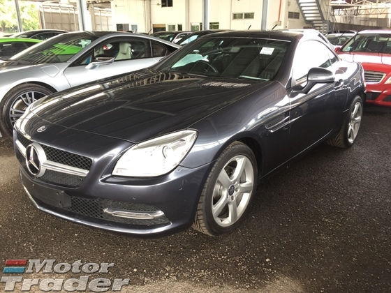 2013 MERCEDES-BENZ SLK SLK200 CGi 7GTronic Blue Efficiency Turbocharged R172 Hard Top Convertible Daytime LED Multi Function Steering Bucket Sport Seat Bluetooth Connectivity 1 Year Warranty Unreg