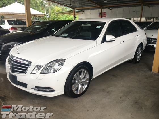2012 MERCEDES-BENZ E-CLASS E250 CGi 7GTronic Turbocharged Distronic PreCrash Smart Entry Push Start Button Memory Seat Reverse Camera Park Assist Auto Telescopic Multi Function Paddle Shift Steering Dual Zone Climate Cruise Control Xenon Light Daytime LED Bluetooth Connectivity