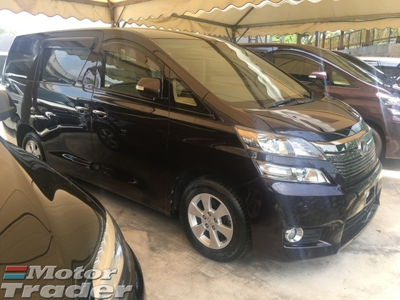 2013 TOYOTA VELLFIRE 2.4 VVTi 7Speed SuperCVT Leather Seat 2 Automatic Power Doors Bi Xenon Light Keyless Go Entry Push Start Button Retractable Side Mirror DVD Player Front  Reverse Camera Auto Light Sensor 3 Zone Climate Control 9 Air Bag 1 Year Warranty Unreg