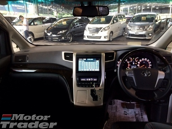2013 TOYOTA VELLFIRE 2.4 Golden Eye 2