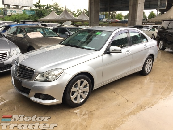 2012 MERCEDES-BENZ C-CLASS  C180 1.8 CGi Turbocharged 7GTronic Blue Efficiency New Facelift Power Seat Xenon Light Multi Function Steering Dual Zone Climate Control Auto Cruise Control Bluetooth Connectivity 1 Year Warranty Unreg