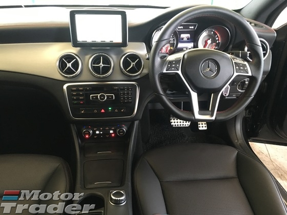 2013 MERCEDES-BENZ CLA CLA250 AMG Sport PRoof Harman Kardon