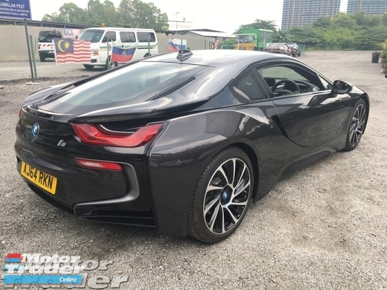 2016 BMW I8 1.5 e-Drive L3 Turbocharged + Hybrid Synchronous Motor 360 Surround Camera Head Up Display Adaptive Intelligent LED Multi Function Paddle Shift Steering Drive Selection Pre Collision Safety Unreg