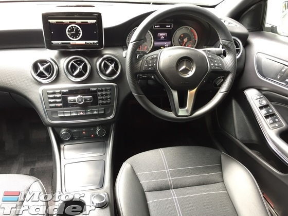 2013 MERCEDES-BENZ A-CLASS A180 CGi Turbocharge 7GDCT Distronic Plus PreCrash Bucket Seat Multi Function Paddle Shift Steering Reverse Camera Blind Spot Indicator Daytime Running LED Xenon Light Bluetooth Connectivity 1 Year Warranty Unreg