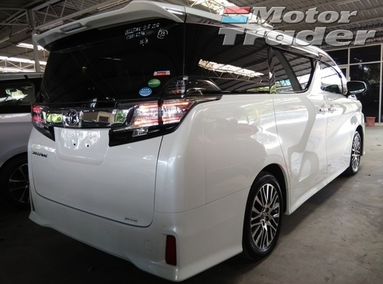 2015 TOYOTA VELLFIRE 2.5 ZG ( NEW MODEL )