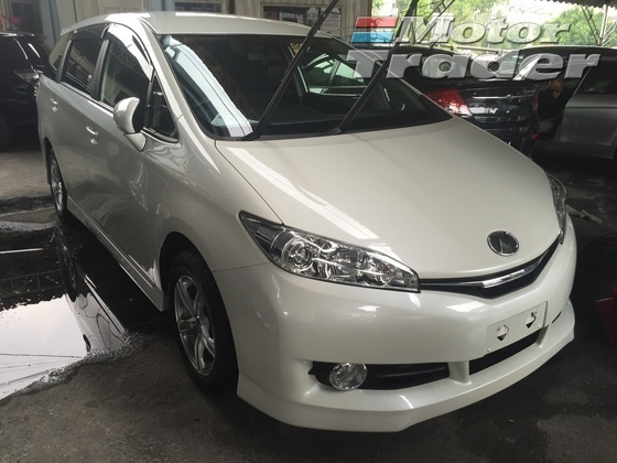 2012 TOYOTA WISH 1.8X HID SELECTION