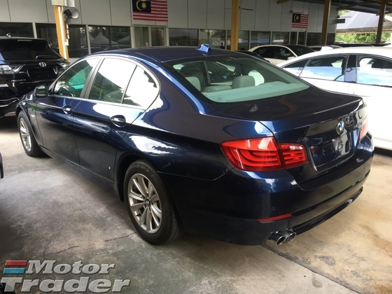 2011 BMW 5 SERIES 528i 2.0 Twin Turbo 245hp 8Speed Sport Plus
