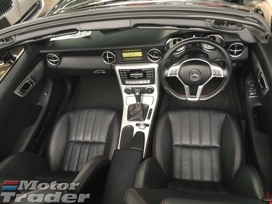 2014 MERCEDES-BENZ SLK SLK200 AMG Sport 7GTronic Panoramic Roof Multi Function Paddle Shift Steering Bluetooth