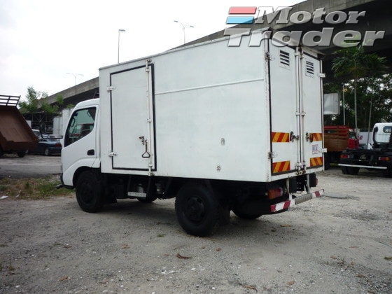 2008 HINO HINO OTHER wu300r 1ton lorry box
