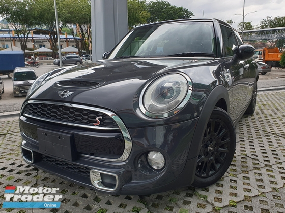 2015 MINI Cooper S 2.0 Turbo (4 Door)