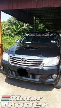 2014 TOYOTA HILUX Double Cap 2.5 AT