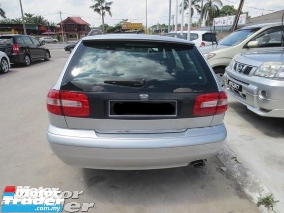 2004 VOLVO V40 2.0 vagon
