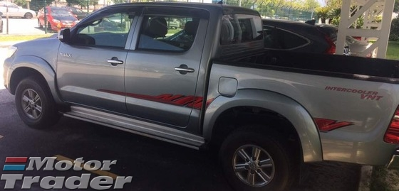 2015 TOYOTA HILUX DOUBLE CAB 3.0G (AT)