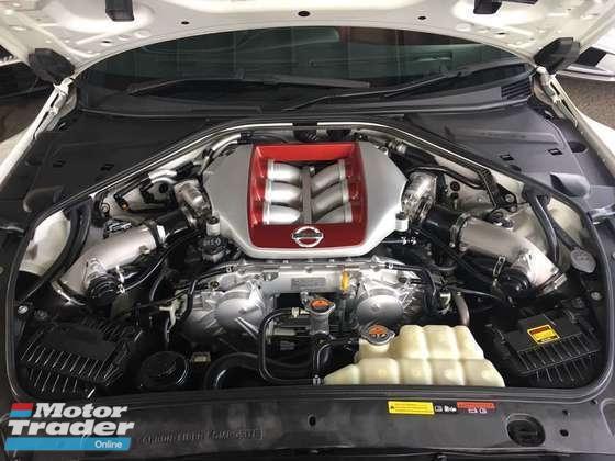 2013 NISSAN GT-R 3.8 PREMIUM EDITION
