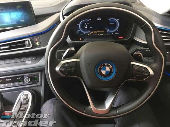 2016 BMW I8 1.5  PLUG IN(ACTUAL YEAR MAKE 2016)