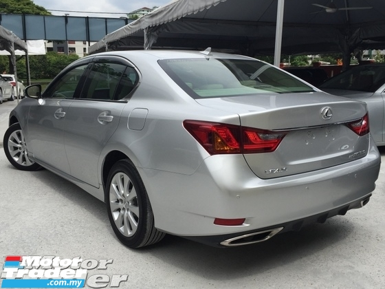 2013 LEXUS GS  Luxury Sedan (UNREG)