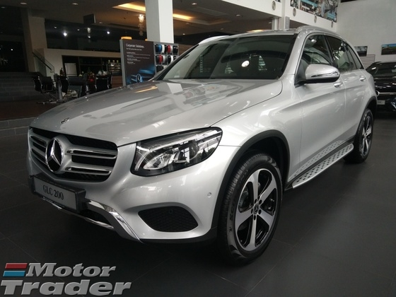 2017 MERCEDES-BENZ GL-CLASS GLC200 Luxury