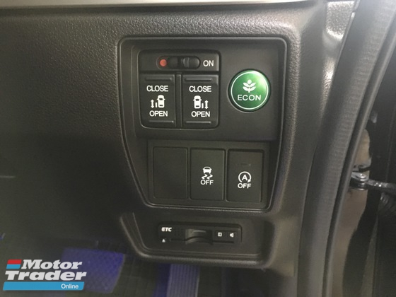 2013 HONDA ODYSSEY Unreg Honda Odyssey 2.4 Absolute I vtec