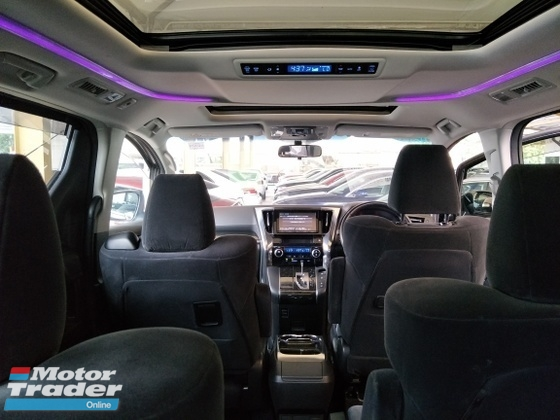 2015 TOYOTA ALPHARD 2.5 SA SUNROOF POWER BOOT 360 VIEW CAMERA