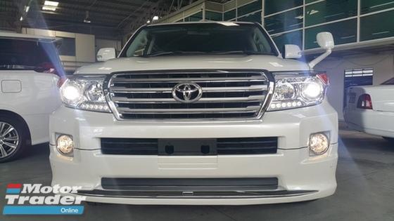 2015 TOYOTA LAND CRUISER  4.6 (A)CAR KING MEGA SALE PLS CALL 019 3839680 CHONG