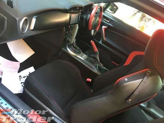 2013 TOYOTA 86 2.0 SEMI AUTO PUSH START 200HP