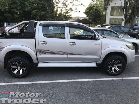 2012 TOYOTA HILUX DOUBLE CAB 2.5G (AT)