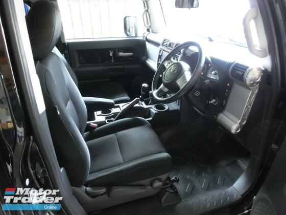 2011 TOYOTA FJ CRUISER 4.0 Off Road Unreg A Trac RR Diff Lock Roof Rack No GST