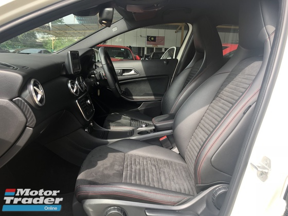 2013 MERCEDES-BENZ A-CLASS A180 CGi AMG GST Inclusive Turbocharged 7GDCT Distronic Plus Paddle Shift Steering DRL Bluetooth