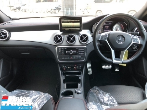 2014 MERCEDES-BENZ GLA 180 AMG