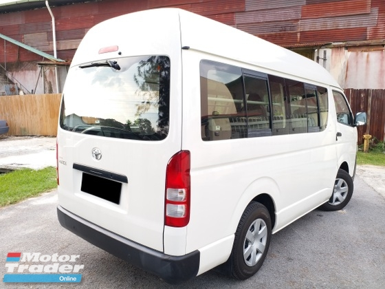 2012 TOYOTA HIACE 2.5 DIESEL 12 SEATER EXCELLENT CAR CONDITION