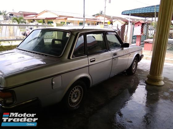 1987 VOLVO 240 Volvo
