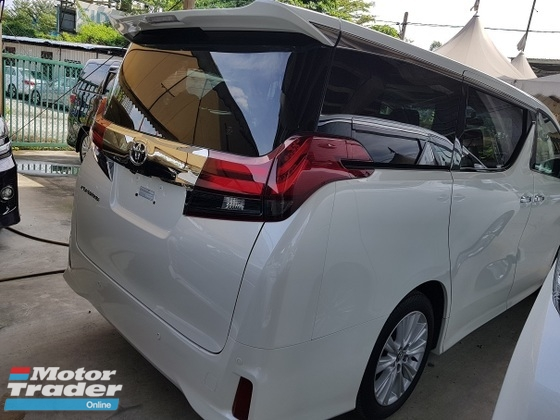 2016 TOYOTA ALPHARD  2.5 SA 7 Seat 2 Power Doors 4 Camera Power BootUnregistered 0 GST PRICE